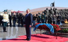 "Participation in the ceremony of laying flowers at ""Otan Korgaushylar"" Monument"